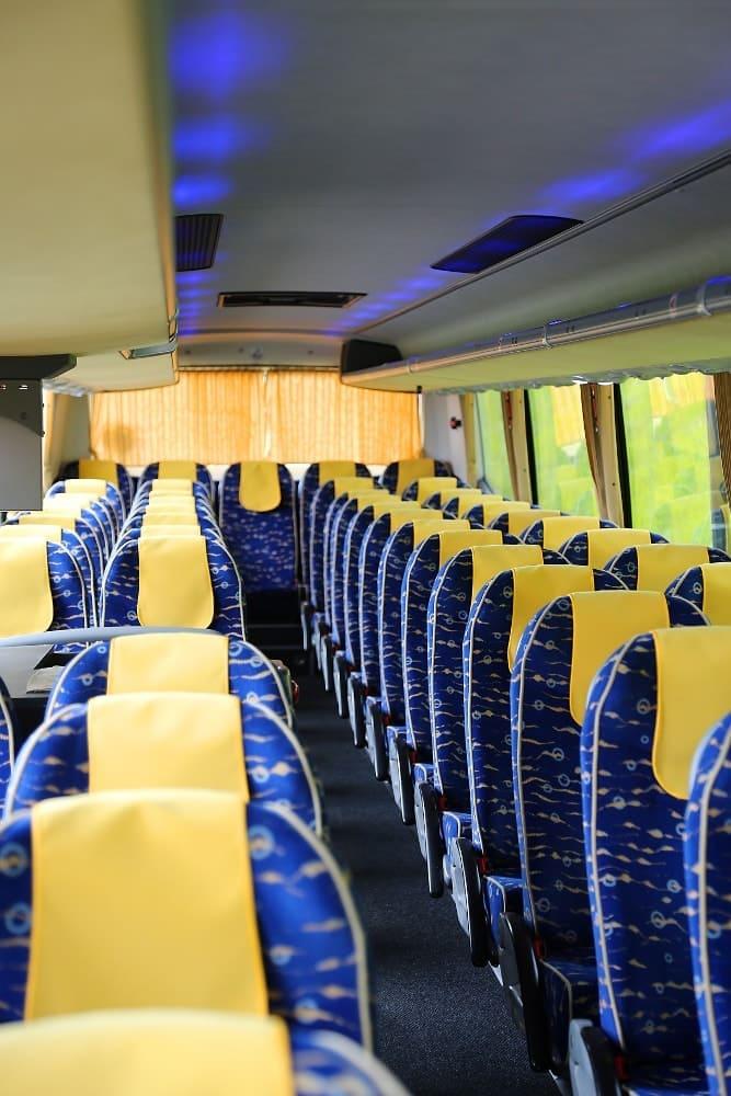 autobus-bova-60-miejsc-na-wynajem-siedzenia