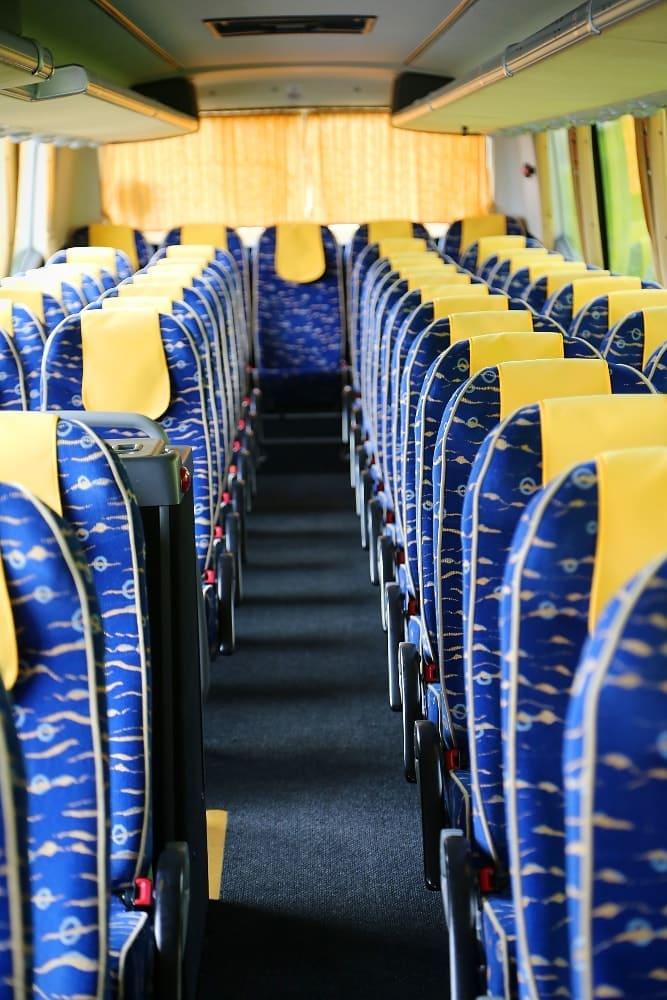 autobus-bova-60-miejsc-na-wynajem-wnetrze