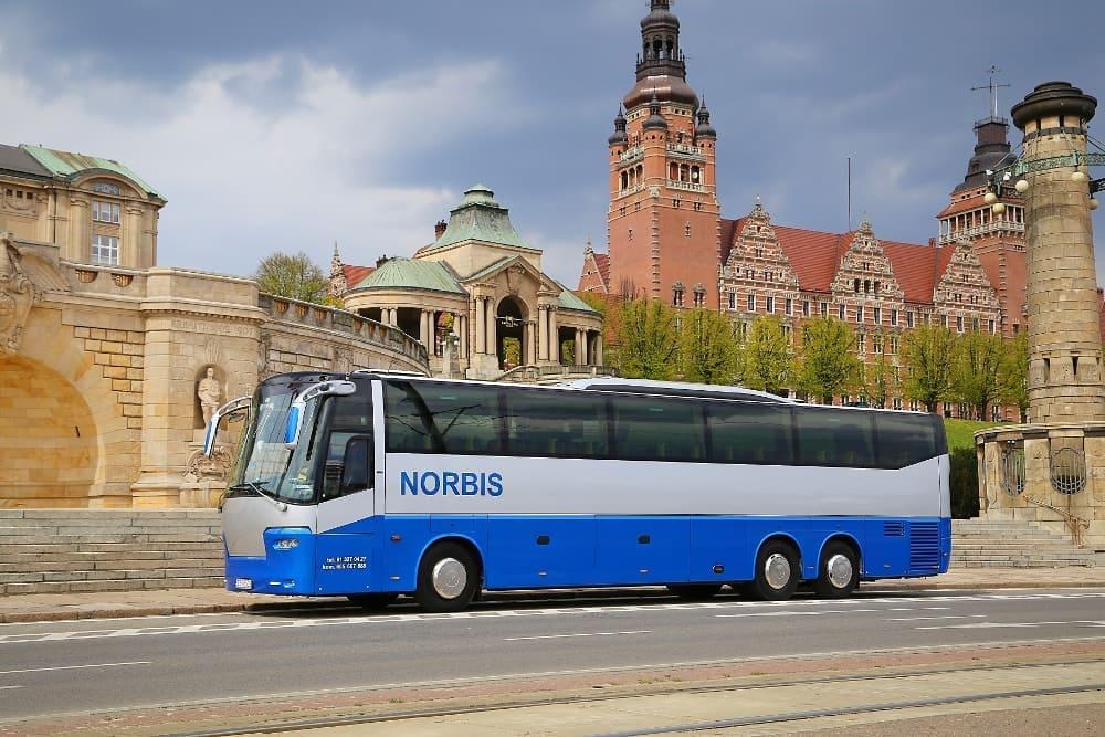 autobus-bova-60-miejsc-na-wynajem